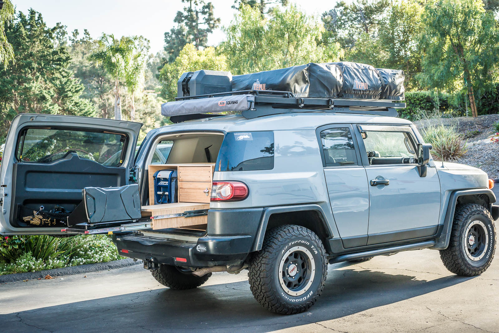 FJ Cruiser Overland Build Part 4 – Camp Kitchen